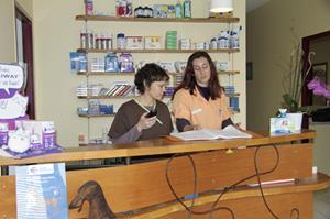 Bénédicte, Emeline ou Lorie vous accueillent à la clinique